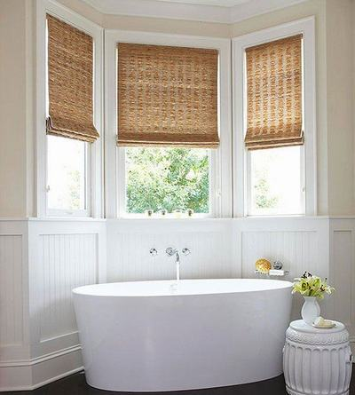 21+ Bathroom Window Design Ideas with Glass & Curtains