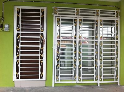 61+ Latest (Iron & Steel) Window Grill Design for Modern Indian Homes