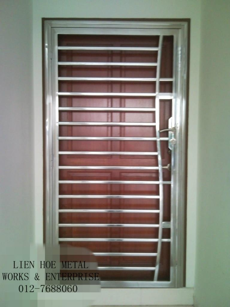 97 Mainfront Stainless Steel Door Design With Grill For Home