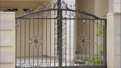 Simple iron gate design images for Simple gate designs for homes